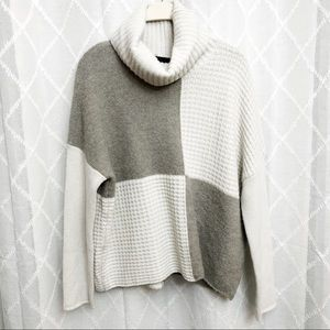 Cynthia Rowley wool blend turtle neck sweater LG